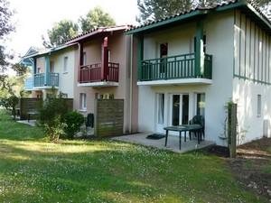 Domaine du Golf de Pinsolle Soustons Pierre et Vacances appartements jardin